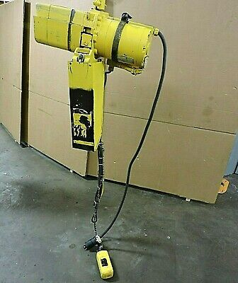 Acco Wright-way Electric Chain Hoist 2101281 1000lbs 12 Ton 218 Drop 230460v