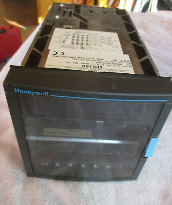 Honeywell Dpr100 Strip Chart Recorder. Dp101-2-b-00-0-r-1-00000-000-e0