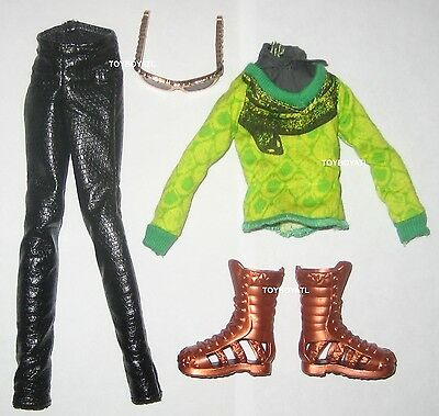 Monster High Boo York Deuce Gorgon Boy Doll Outfit Clothes Shoes NEW from 2 Pack
