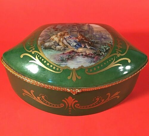SEVRES JEWELRY CASKET ANTIQUE FRANCE LIMOGE SIGNED HAND PAINTED COURTING COUPLE