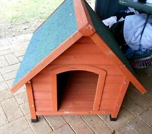 never used dog house .................. Waterford West Logan Area Preview