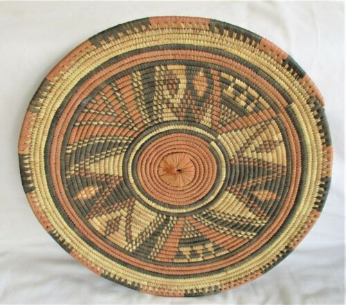 "Vintage African Tribal Hand Woven Grass Flat 14"" Round Wall Art Basket"