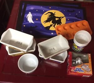 Halloween Baking and Tableware For Sale - Most New