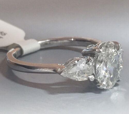 1.58 CARAT H VS2 GIA CERTIFIED OVAL CUT DIAMOND ENGAGEMENT RING SET IN PLAT 950 2
