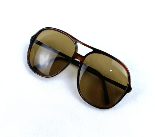 VINTAGE PERSOL MANAGER SUNGLASSES 0687/60 PILOT FRAME GENUINE 1960S ITALY