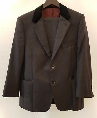 Mod Style Grey Suit with Black Velvet Collar Shoulder Pads Size Small 34 S - Mod Suit Style