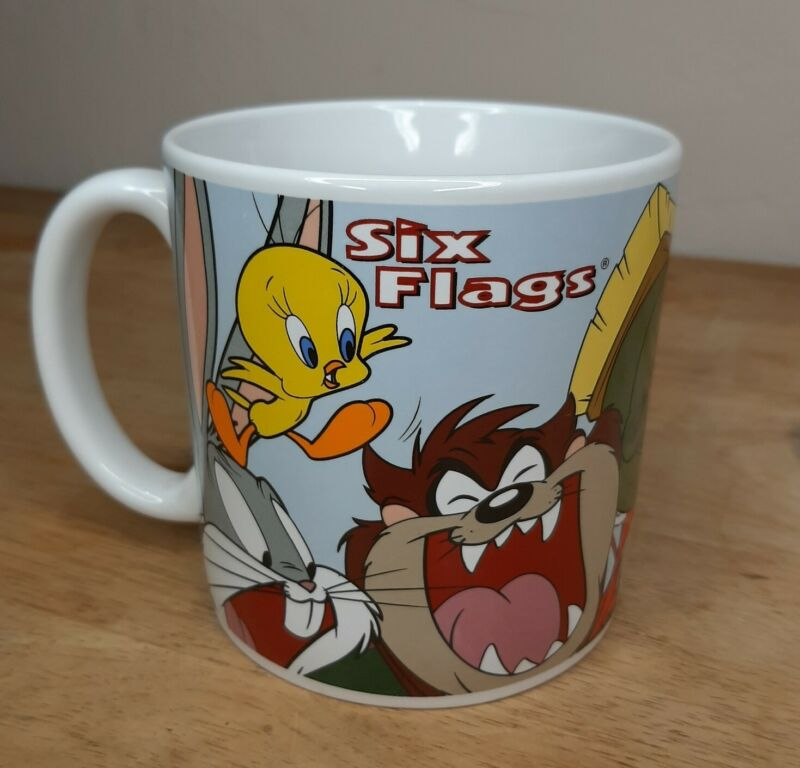 Vintage Looney Tunes Six Flags Theme Park Large Coffee Mug Bugs Taz Tweety