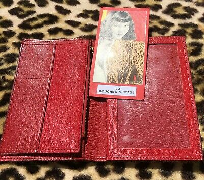 FRENCH 1950s WOMEN BIFOLD WALLET~CHIC RED LEATHER~MADE IN FRANCE~UNUSED VINTAGE