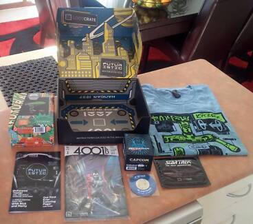 LOOT CRATE July 2016 Futuristic COMPLETE W/Box Collectables