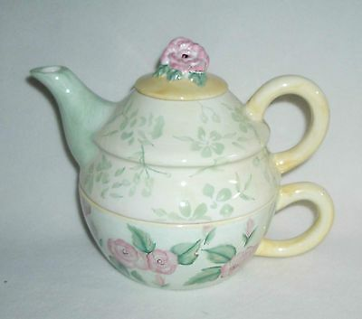 Capriware Tea-for-One Teapot Irish Roses and Greens