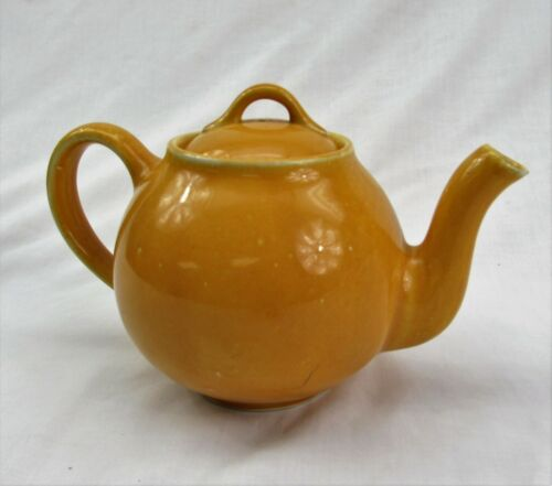 Lipton Teapot vintage 1950s ceramic yellow gold hold 4 cups