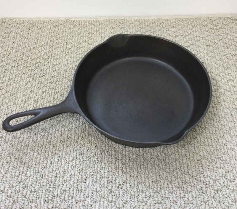 ERIE Pre Griswold # 7 Cast Iron Skillet Heat Ring 701 701C Flat Clean