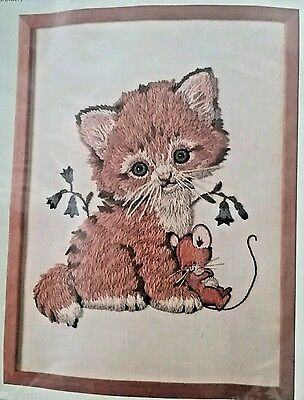 Vintage Columbia Minerva KITTEN AND MOUSE Crewel Picture Kit 7993 NEW SEALED](Minerva Mouse)