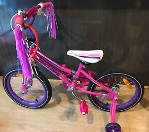 Target Girls bike 40CM with locker & helmet   Kid's Bicycles