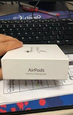 BRAND NEW !!!!!!Apple AirPods with Charging Case - White