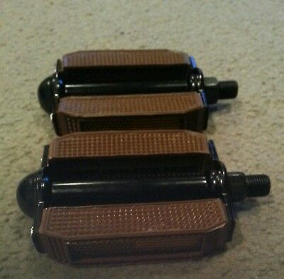 """BROWN BICYCLE PEDALS  BOW STYLE 1//2/"""" STINGRAYS CRUISER CHOPPER"""