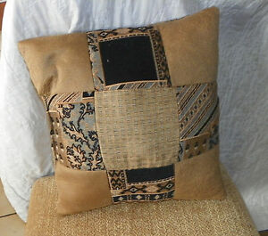 Gold-Black-Abstract-Print-Throw-Pillow-PL64