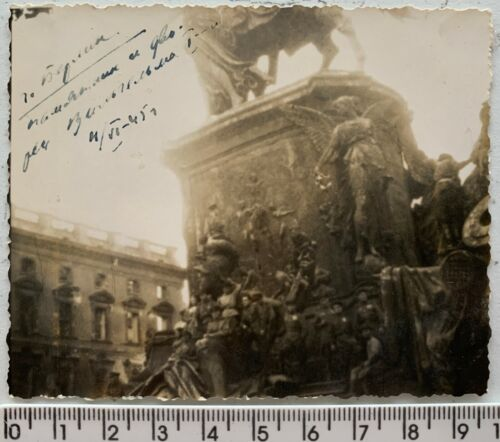 WWII 1945 BERLIN Battle Red Army Officers Wilhelm I Monument Orig Vintage Photo