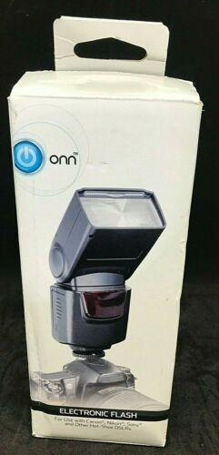 ONN ONA18CA004 Electronic Flash for DSLR Cameras, Black