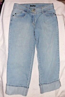 New York & Co. Ladies Capri Pants, Peddle Pushers Light Wash Roll Cuff Size 6
