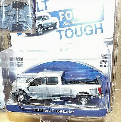 Greenlight Ford F-350 Lariat Pickup Dually 2019 1/64 - Ford Pickup Lariat