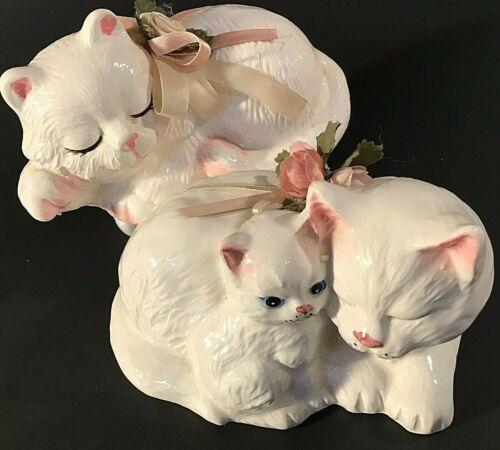 "PERSIAN CAT FIGURINES SET OF 2 MOTHER KITTEN WHITE ROSES & RIBBON 5 3/4"" VINTAGE"