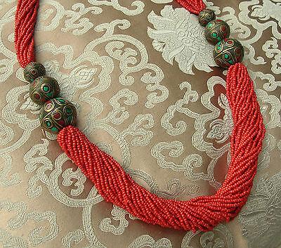Sehr schöne Korallenkette mit traditionellen Beads aus NEPAL 80cm
