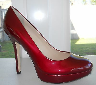 Joan And David Flipp Platform Pump Size 7M Medium Red Patent Leather   Sexy
