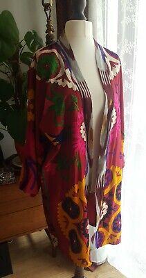 Uzbek Suzani Chapan Floral Hand Emboidered Vintage Pink Ikat Kaftan Kimono Robe