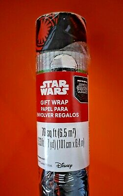 Star Wars themed DISNEY gift wrapping paper american USA the force awakens