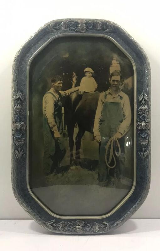 Antique wood picture frame w/ bubble glass & vintage photo