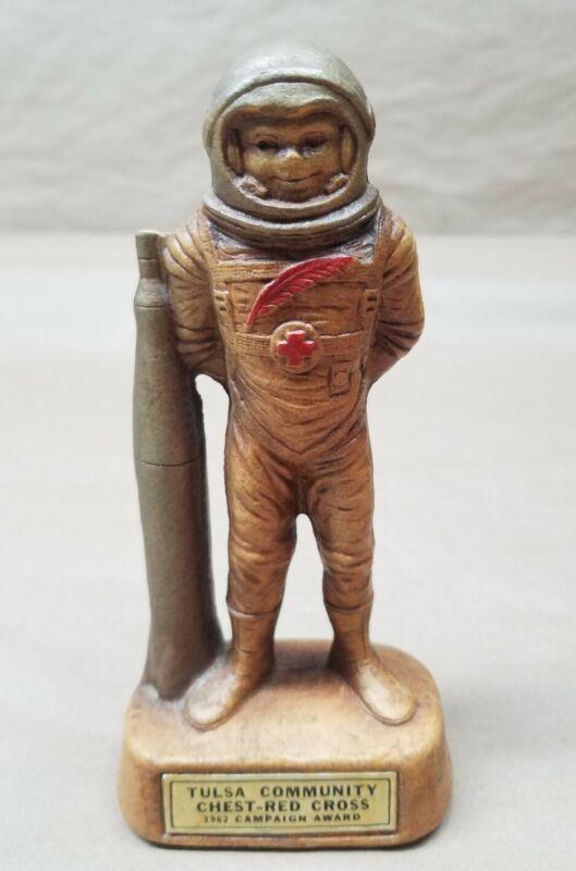 TULSA COMMUNITY CHEST RED CROSS Award Figurine Sci-Fi Spaceman Astronaut 1962