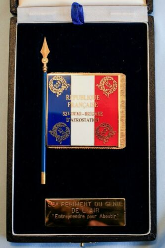 1987 J Balme Gold & Enamel French Napoleon Battle Flag Medal in Box Certificate
