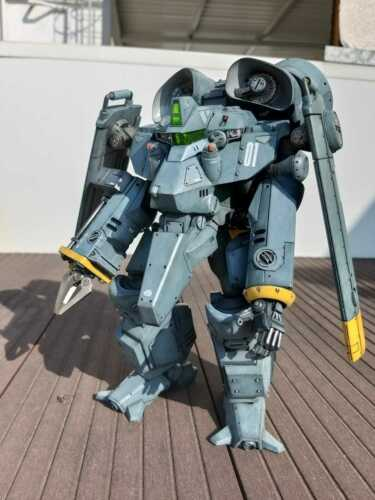 "METAL SKIN PANIC MADOX-01 1:12 8.5"" Resin Kit (UNPAINTED and UNASSUMBLED)"