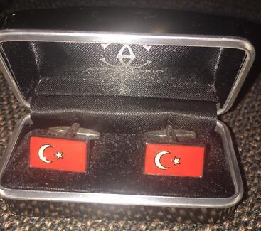 Turkey flag cuff link