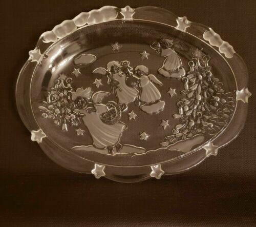"Mikasa Holiday Classics Oval Sweet Dish 9"" Angels with Christmas Tree"