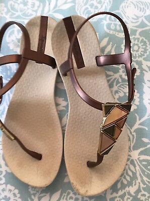 Ladies Ipanema Sandal's Size 3/4