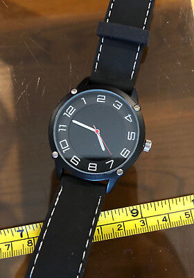 Black Watch New Wristwatch Rubber Strap Black Dial Red Second Hand