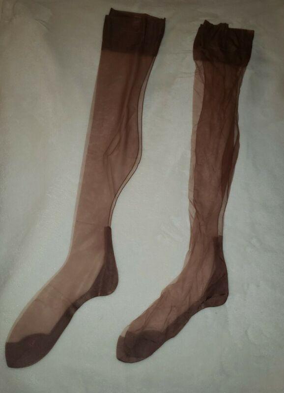 2 Pairs Vintage Schiaparelli Brown Stockings Nylon Sz 10 (QQ)