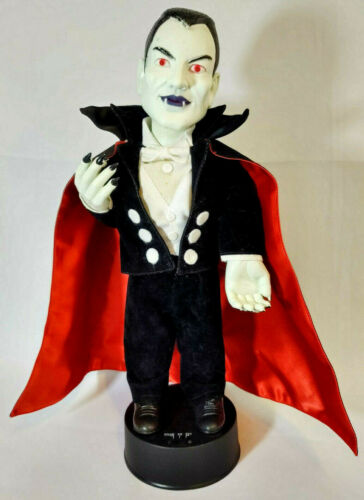 """Dracula Vampire 17"""" Motionette Telco Halloween Goth Monster Horror 1992 Vintage"""
