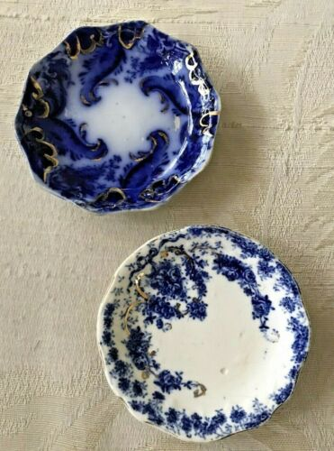 """PAIR OF FLOW BLUE 3"""" BUTTER PATS.  ARGYLE BY GRINDLEY & EMPIRE BY MADDOCK & SON"""