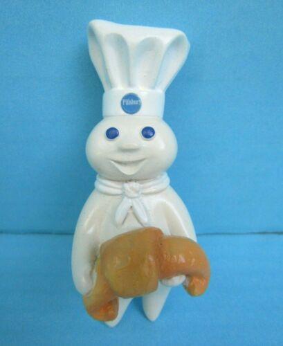2004 Pillsbury Doughboy Holding Croissant Ceramic Magnet by Simson FREESHIP!