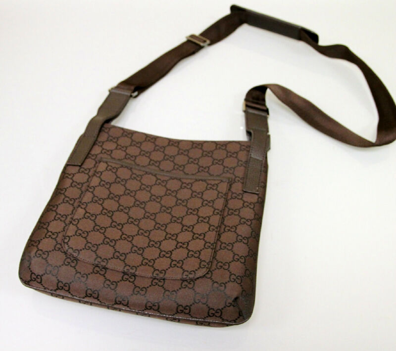 Gucci sling bag for women