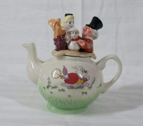 RARE! DISCONTINUED CARDEW STANDARD CLASSIC ALICE IN WONDERLAND SMALL TEAPOT NEW