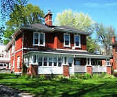 Syblet 19th Century Waterfront Home close KGH,Queen's,Downtown