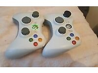2 x OFFICIAL MICROSOFT XBOX 360 WIRELESS CONTROLLERS GENUINE REMOTE CONTROLLERS
