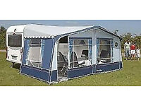 Full awning-excellent condition