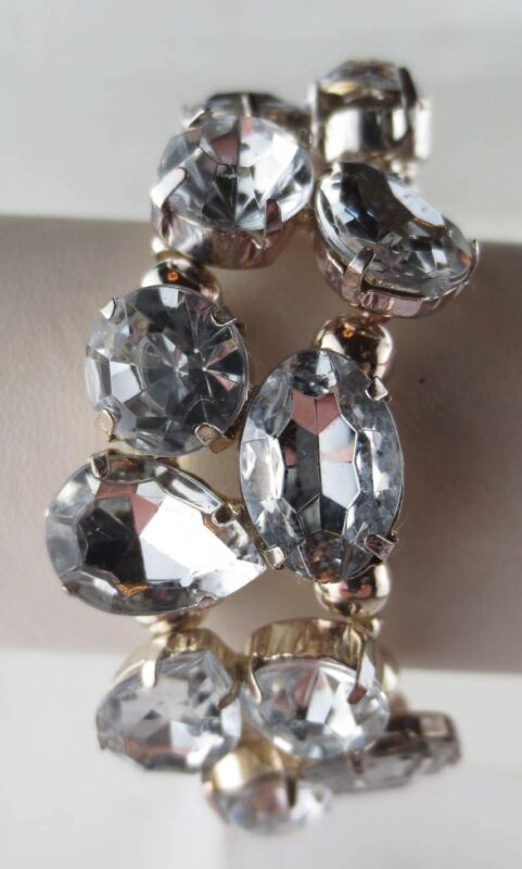 Vintage Style Silvertone Crystal Oval/Teardrop/Round Rhinestone Bracelet