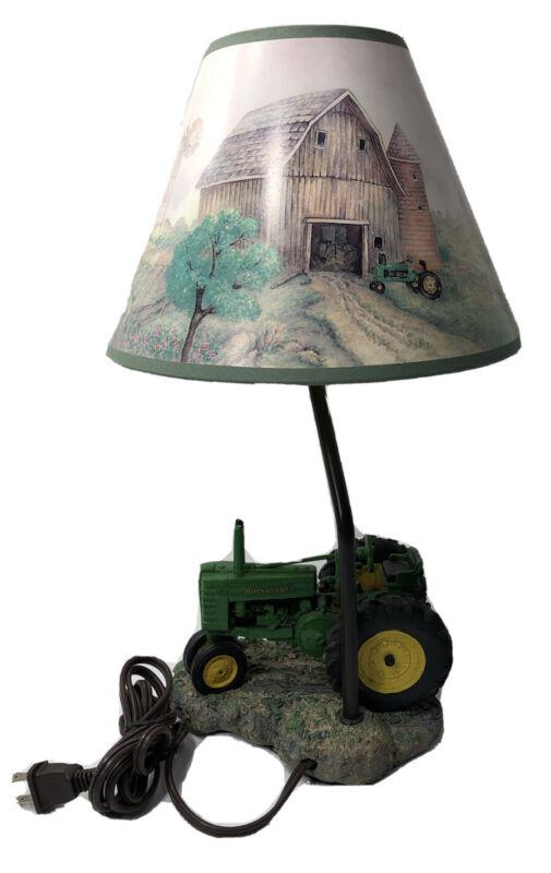 John Deere Vintage Tractor Lamp 1999 Farm Barn Shade Ex Cond 15 1/2 In Tall