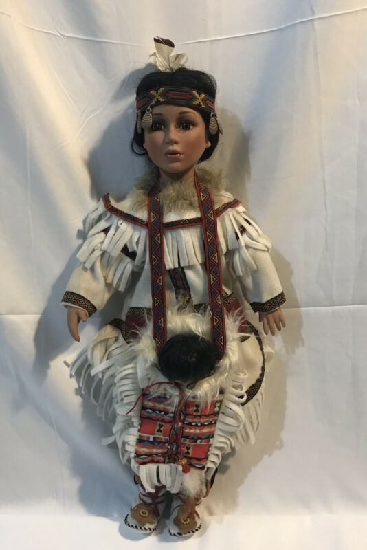 NATIVE AMERICAN INDIAN DOLL 21'